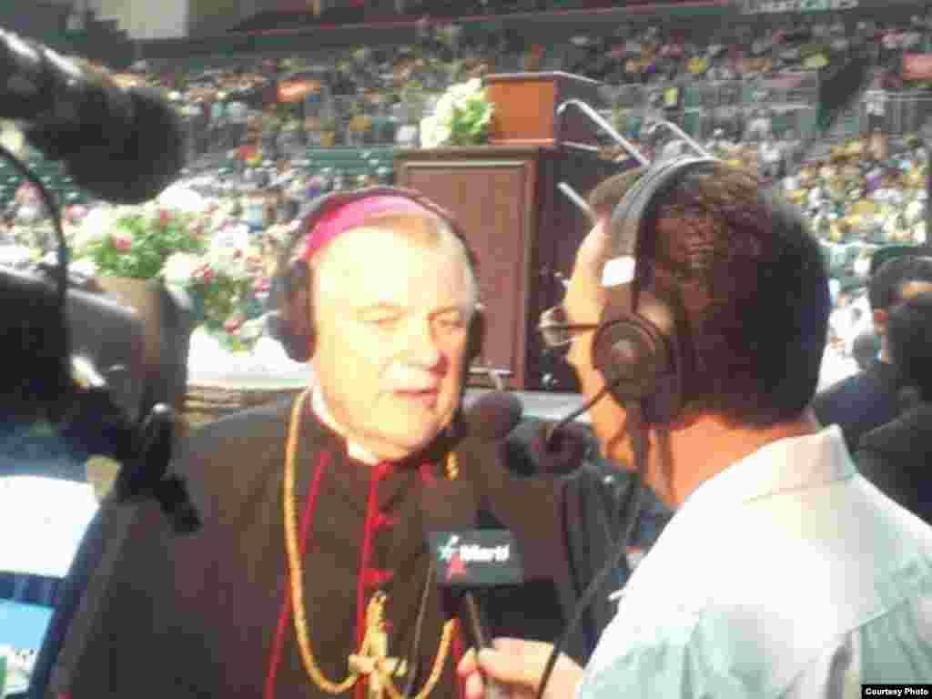 José L. Ramos entrevista a Monseñor Wenski