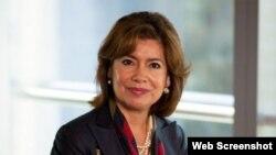 María Contreras-Sweet. Foto publicada en CubaMinrex.com