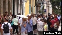 Más de 160.000 estadounidenses visitaron Cuba en 2015 bajo los viajes dirigidos de pueblo a pueblo.