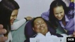 Primeras fotos de Hugo Chávez