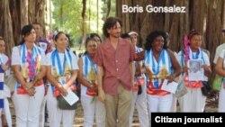 Boris González y Damas de Blanco. Foto: Ángel Moya.