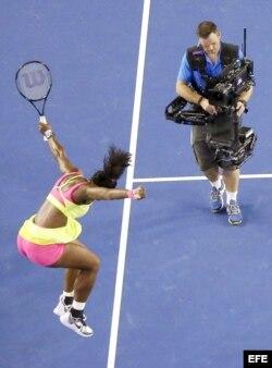Serena Williams expresa su alegría tras conquistar su 19no título de Grand Slam.