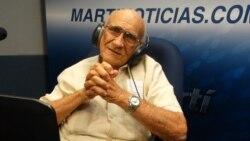Moisés López, la primera voz de Radio Martí, habla sobre los 35 años de la emisora