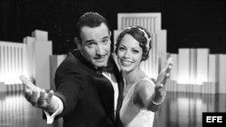 """El actor francés Jean Dujardin y la actriz argentinofrancesa Berenice Bejo en una escena de la película """"The Artist"""""""