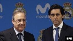 El presidente del Real Madrid, Florentino Pérez (i), y el de Telefónica, José María Álvarez-Pallete (d), durante la presentación de un acuerdo de patrocinio.