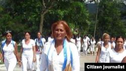Ciudadanas por la Democracia asisten a misa en Santiago de Cuba