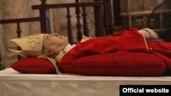Los restos del Cardenal Jaime Lucas Ortega Alamino, estarán expuestos en la Catedral de La Habana desde este viernes hasta el domingo. (Foto: Palabra Nueva)