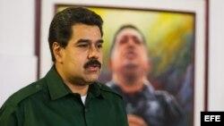 El presidente de Venezuela, Nicolás Maduro, cuyo gobierno a limitado a 3.000 dólares la compra de esta moneda.