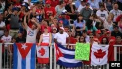Seguidores de Cuba en Toronto 2015.