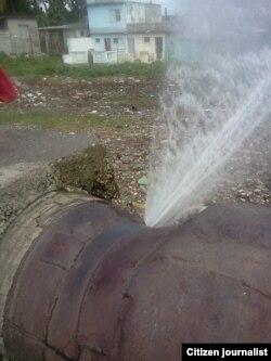 Reporta Cuba roturas acueducto agua foto Yoel Bencomo