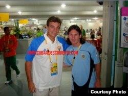 """Para """"Claudia"""": Con el célebre delantero argentino Leo Messi en Pekín (foto Cuba al descubierto)"""