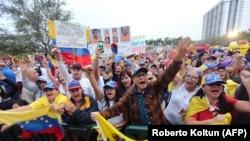 Miles de venezolanos en el exilio se dieron cita en la ciudad de Doral para manifestarse por una nueva Venezuela.