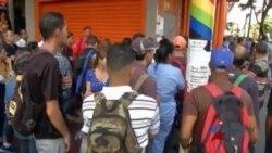 """Maduro cree que catástrofe venezolana es una """"noticia falsa"""""""