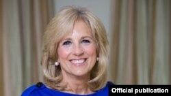 Jill Biden. Foto de Ralph Alswang publicada en www.whitehouse.gov.