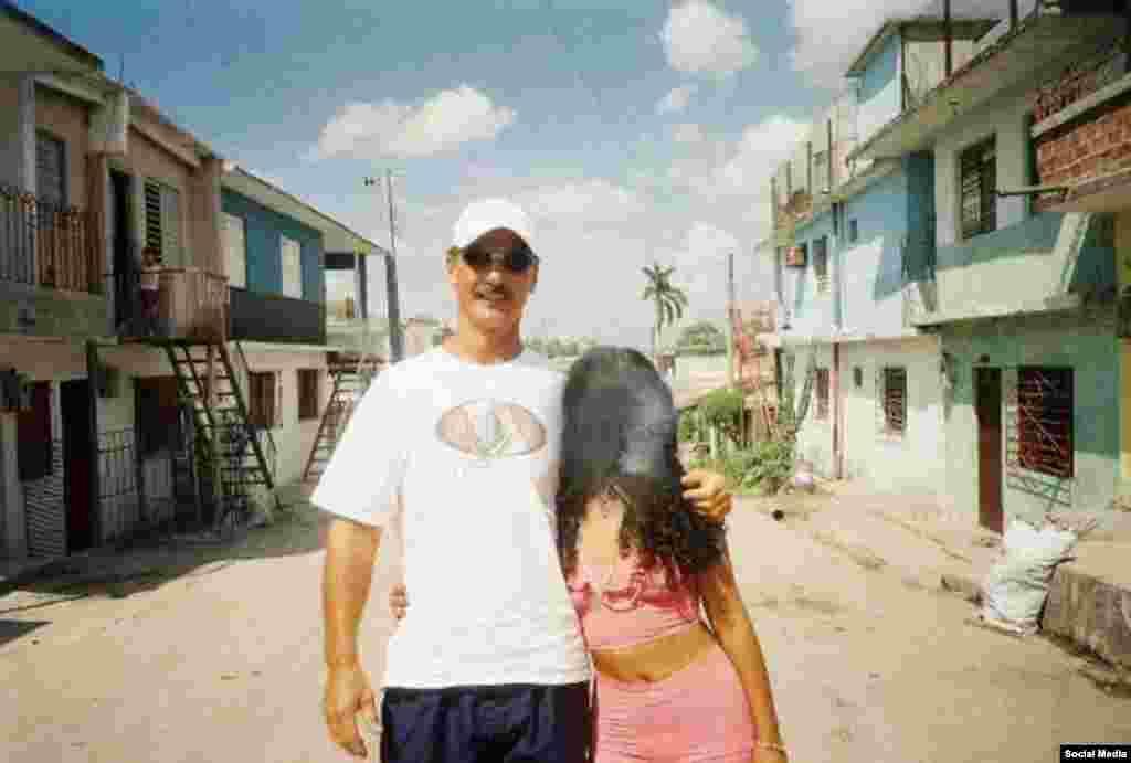 Cubadave en Cuba. Strecker asegura que la foto fue tomada en Santa Clara.