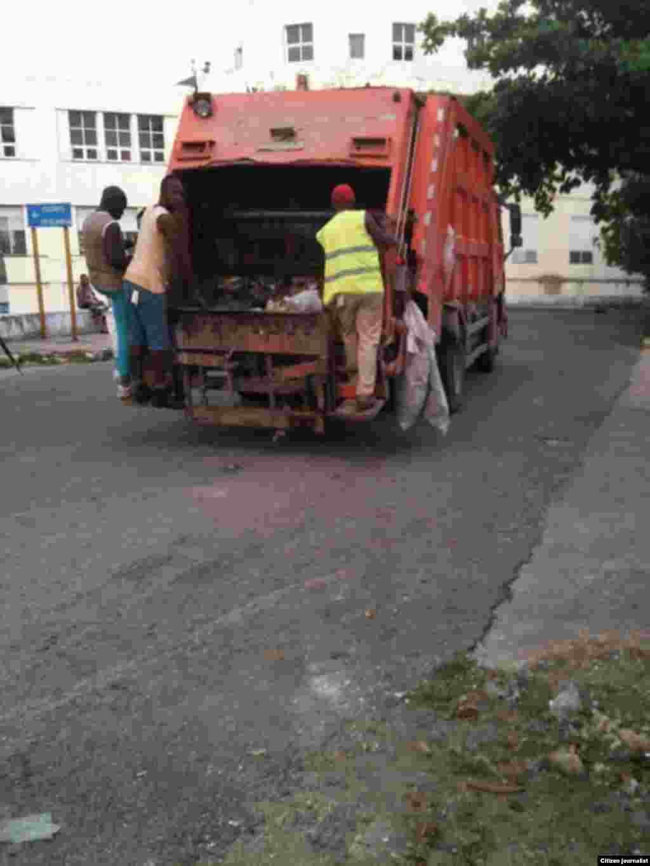 Reporta Cuba recogida de basura Martha Dominguez