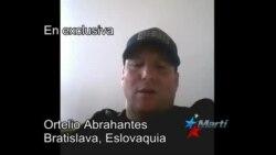 El oficial del Ministerio del Interior de Cuba, Ortelio Abrahantes desde Bratislava.