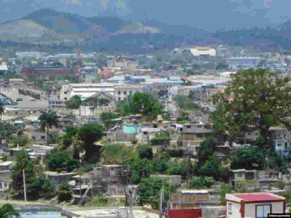 Recorrido por barrios de Santiago de Cuba @libertadorbrea