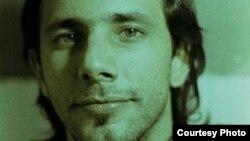 """""""No tengo ningún tipo de miedo"""", dice periodista independiente, Henry Constantín, tras 36 horas de arresto"""