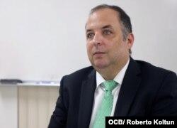 En Cuba se violan los derechos políticos y también los derechos sociales, y con estos datos lo denunciamos, dijo Yaxys Cires Dib, asesor de OCDH (Foto: Roberto Koltún).