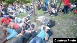 Más de 1.000 cubanos están pendientes de que se abran nuevos albergues para recibir visas de tránsito costarricenses.