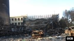 Edificación comercial incendiada por los violentos en las protestas en Valparaiso, Chile. (Foto Paul Sfeir)