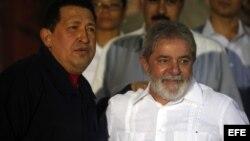 Lula en uno de sus múltiples encuentros cuando era presidente con su amigo el gobernante venezolano Hugo Chávez.