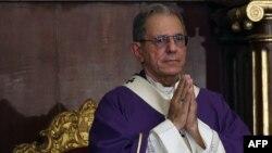 El Arzobispo de La Habana, Monseñor Juan de la Caridad García Rodríguez, en la misa de despedida del cardenal Jaime Ortega Alamino (Foto: Archivo/Fernando Medina/AFP).