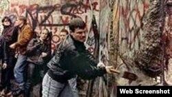 Derrumbe del Muro de Berlín 9 de noviembre de 1989
