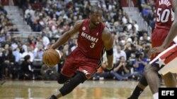 Foto de archivo del jugador de los Heat Dwyane Wade (c).