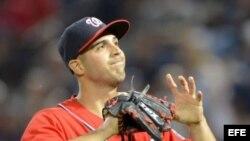 Donde va terminar Gio Gonzalez despues que los Yankees lo dejaron ir?