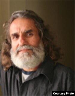 Agustín López, autor del blog Dekaisone