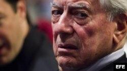 El Premio Nobel de Literatura Mario Vargas Llosa.