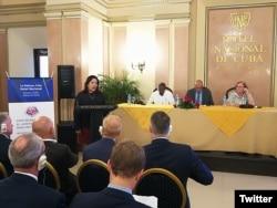 Mayra Arevich, presidenta de ETECSA, en un foro con empresarios de EEUU del sector tecnológico y de telecomunicaciones (Foto: Archivo)