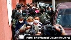 La expresidenta Jeanine Áñez durante su arresto el 15 de marzo de 2021. (Reuters / Manuel Claure).