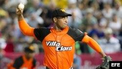 El lanzador de Villa Clara, Yosvany Pérez.