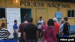 El punto de control de Aduana de Agua Caliente, Honduras.