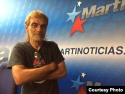 Luis Cino, periodista independiente cubano. Foto: Jorge I. Pérez.