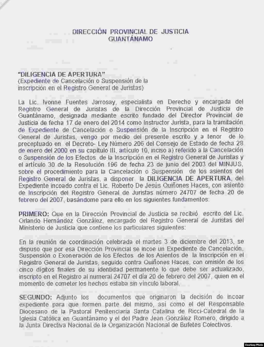 Notificación al abogado Roberto Quiñones