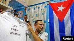 José Daniel Ferrer, quien lidera la Unión Patriótica de Cuba (UNPACU), en una foto tomada en Palmarito de Cauto, en el oriente cubano, en marzo del 2012.