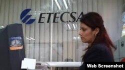 Oficina de Empresa de Telecomunicaciones de Cuba S.A., ETECSA.