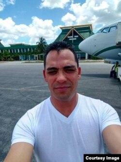 Autoridades migratorias de Holguín impidieron en abril la entrada a Rolando Damas Domínguez.