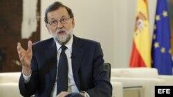 """El presidente del Gobierno, Mariano Rajoy, ha dicho que la medida es """"proporcional"""" y """"de reciprocidad hacia Nicolás Maduro."""