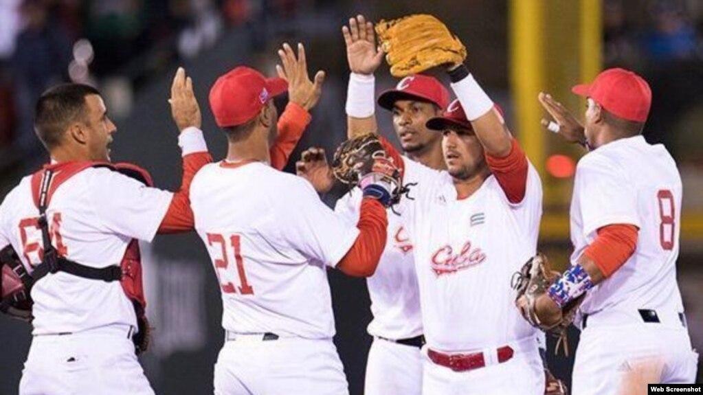 Peloteros cubanos en la Serie del Caribe 2018.