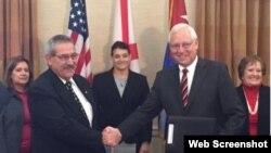 Firman Memorando de Entendimiento entre la Administración Portuaria de Cuba y el Puerto de Mobile, en Alabama.