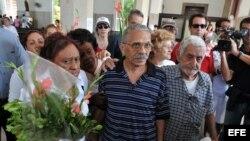 Califican de exitosa recogida de firmas para cambiar Constitución cubana