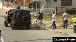 Policía política arresta a Damas de Blanco en Matanzas.
