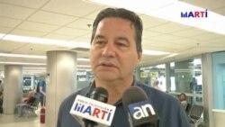 El escritor disidente Ángel Santiesteban llega a Miami