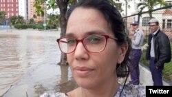 """""""A estas alturas, con 42 años y cinco como reportera, nada me hará cambiar de idea"""", escribió Luz Escobar (Foto: Twitter)."""