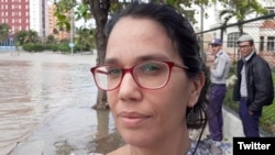 La periodista independiente Luz Escobar.